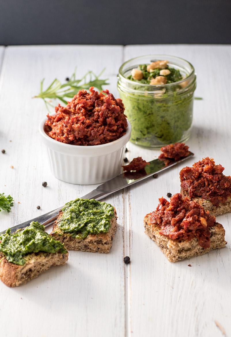 Tomaten Pesto und Petersilienpesto-Aufstrich Rezept