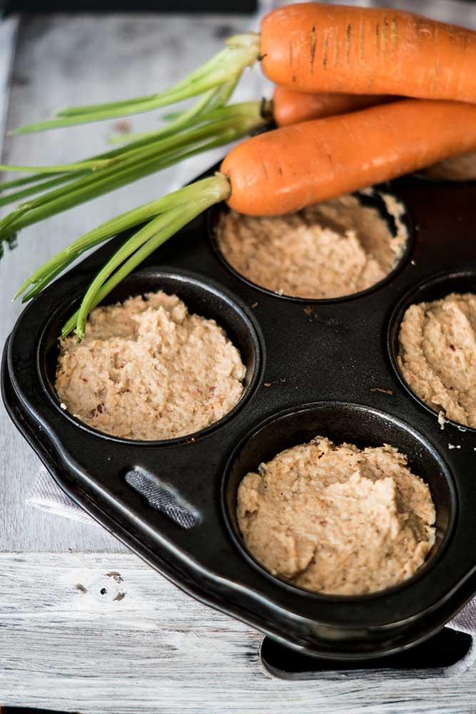 Teig für Karotten in Muffinform