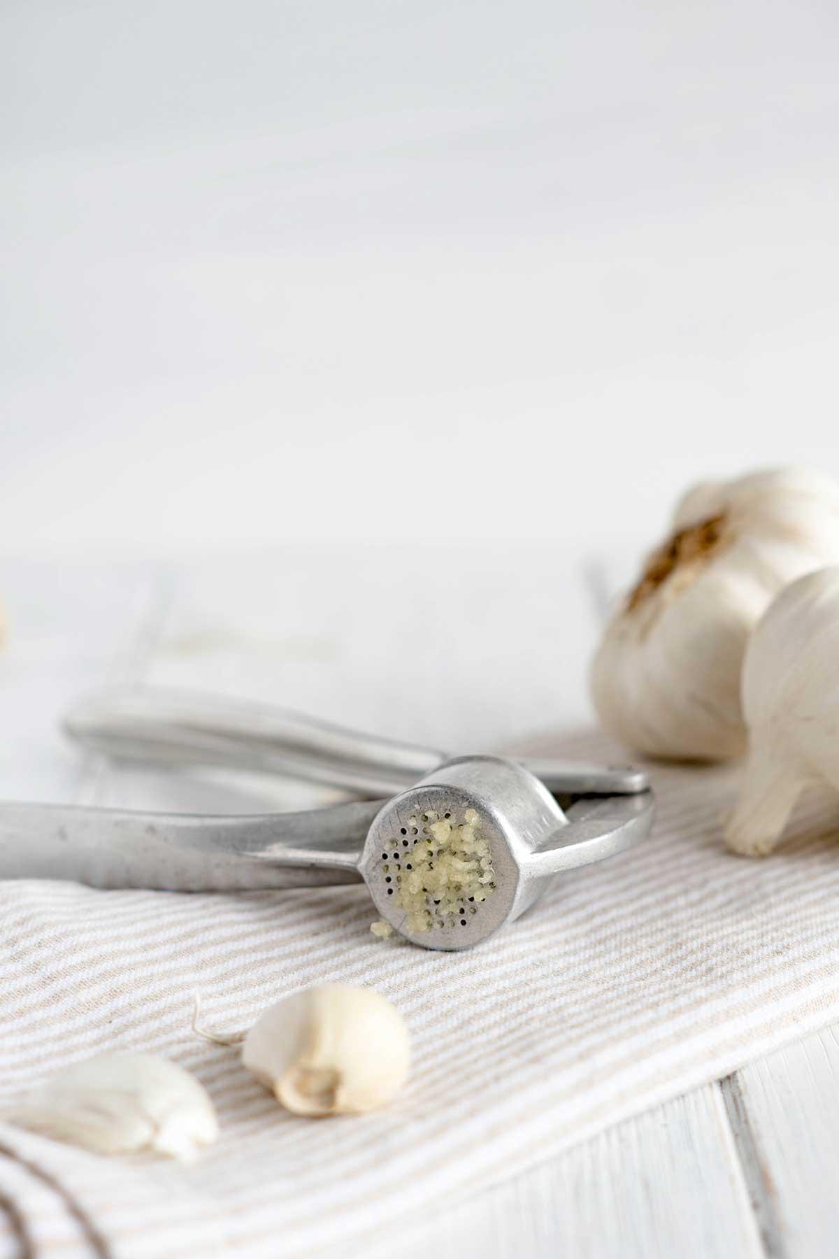 Knoblauchpresse für Rezeptzubereitung