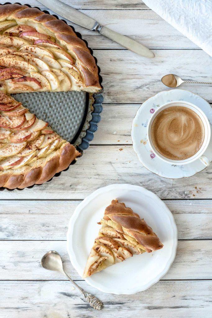 Apfelkuchen Mit Hefeteig Veganes Rezept Auf Foodlikers