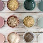 Nüsse und Samen in bunten PEILI-Schalen