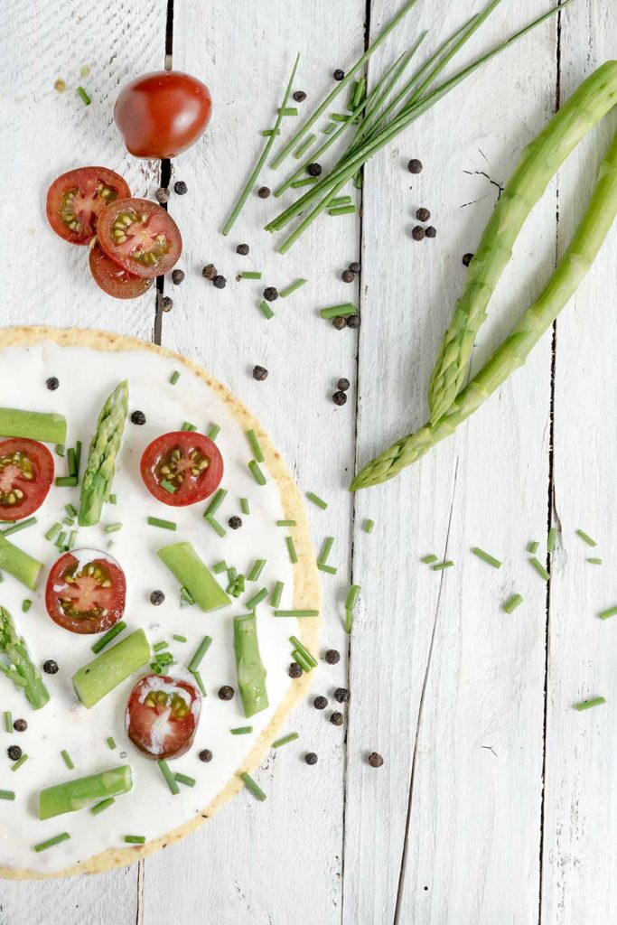 Tortilla mit Spargel und Gemüse