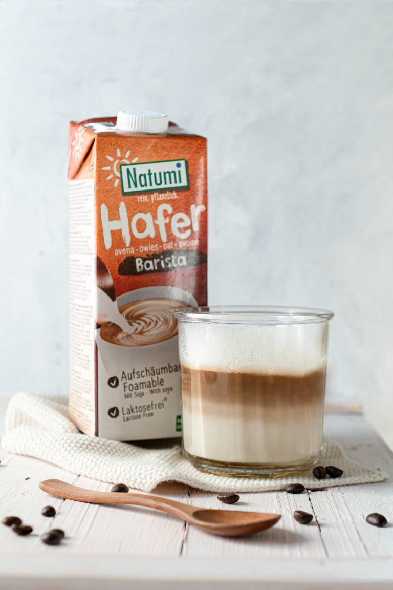 Spiced Latte mit veganem Milchschaum