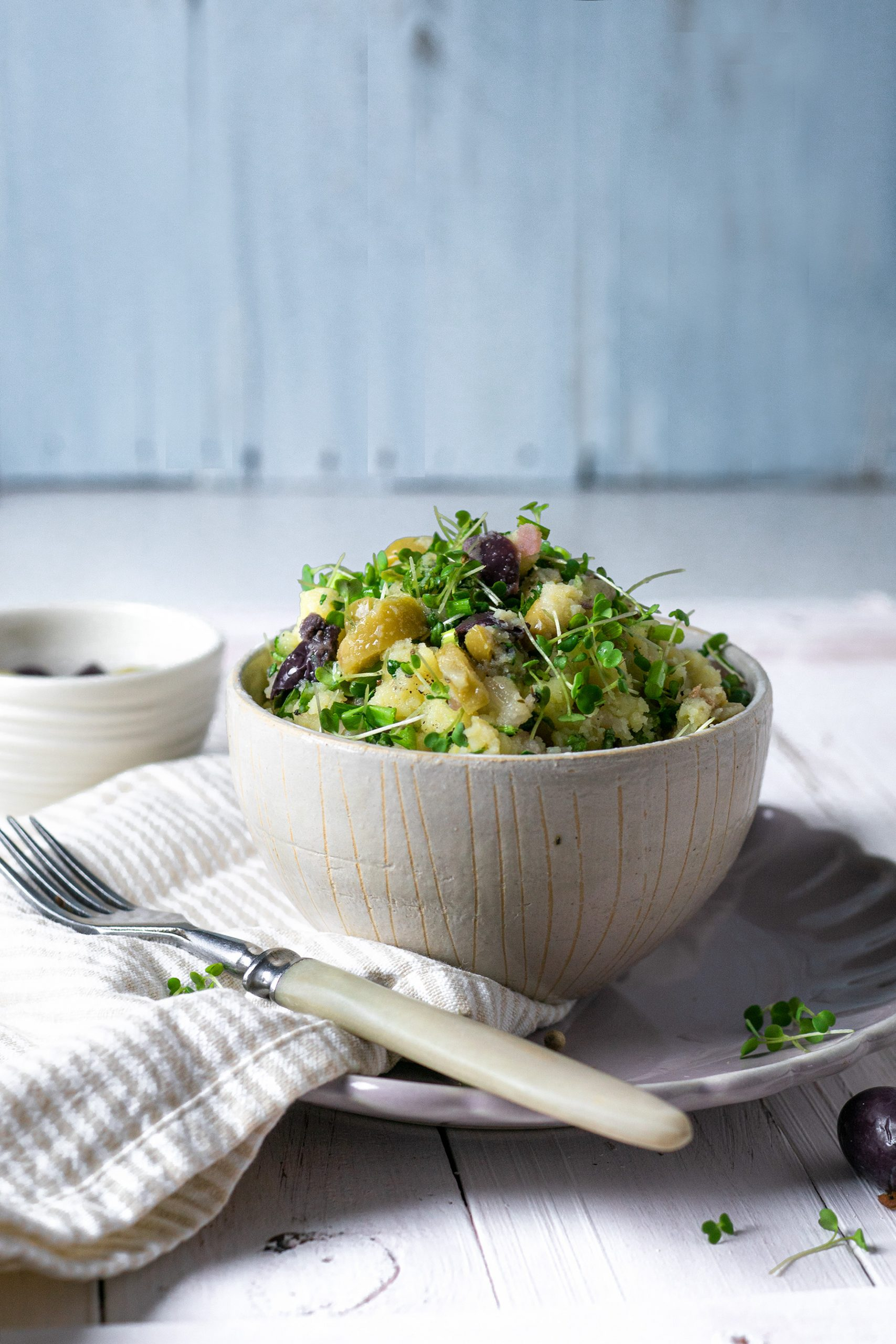 Kartoffelsalat in einer Schüssel einfach selber machen
